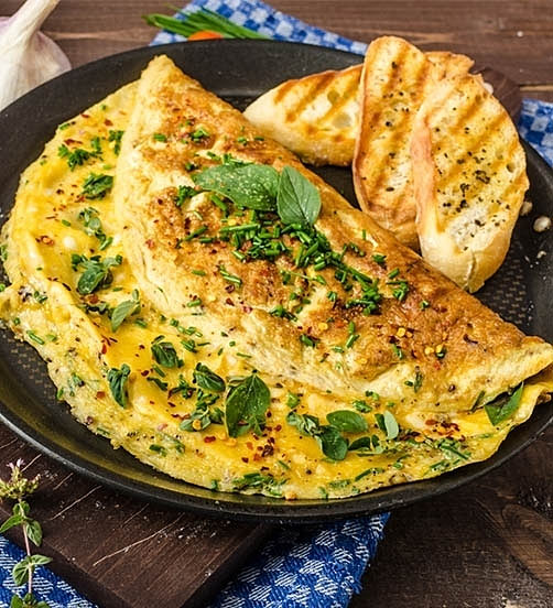 Cheese soufflé omelette